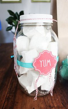 Home made marshmallows gift jar - DIY!