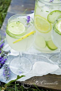 Thyme and Lavander Lemonade. A recipe to try in Provence