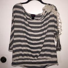 ▫️▪️Cute Torrid Striped Long sleeved shirt▪️▫️ Torrid brand top with lace accent sleeve! torrid Tops Tees - Long Sleeve