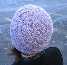 free pattern in Danish Knit Crochet, Crochet Hats, Knitting Stitches, Knitting Projects, Headbands, Needlework, Knitted Hats, Shawl, Free Pattern