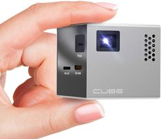 CUBE Mini Projector - 2 inch Portable Handheld Projector Screen with Built In Speakers and HDMI Input for SmartPhone, Gaming and Home Movie Theater - Pocket Video Projectors with Full LED Display Best Portable Projector, Outdoor Projector, Best Projector, Mobile Projector, Phone Projector, Projector Screens, Cubes, Mobiles, Batterie Rechargeable