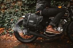 We're pretty stoked that @pack_animal will be making their saddlebag is black. Their @kickstarter campaign ends in 5 hours so act fast. Can't wait to get ours! #croig #caferacersofinstagram by caferacersofinstagram