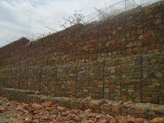 Retaining wall (3)