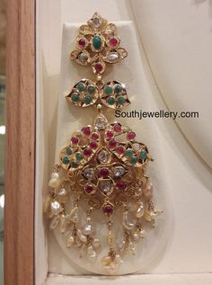 Markings For Gold Jewelry Gold Jhumka Earrings, Jewelry Design Earrings, Gold Earrings Designs, Ruby Jewelry, Ear Jewelry, India Jewelry, Gold Jewelry, Silver Necklaces, Silver Rings