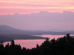 Pink sky over Moosehead Lake, Maine, from mooseheadlakevacationrentals.com