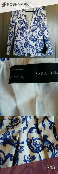"""Zara Basic Blue Swirl Blazer size L NWT Beautiful blue and white pattern, shoulderpads. Approximately 18"""" from pit to pit, 28"""" from collar to bottom hem Zara Jackets & Coats Blazers"""