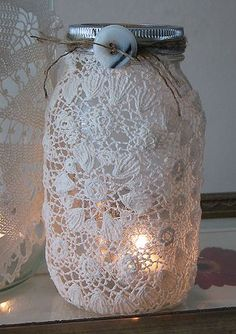 glue a doily to a mason jar for a pretty luminary. Yet another cool mason jar use. Lace Mason Jars, Mason Jar Candle Holders, Mason Jar Candles, Mason Jar Crafts, Mason Jar Diy, Votive Holder, Glass Candle, Doilies Crafts, Paper Doilies