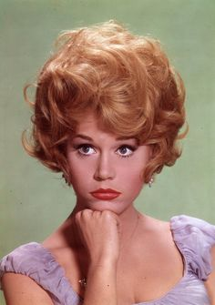 Love Those Classic Movies!: In Pictures: Jane Fonda Hollywood Stars, Hollywood Icons, Vintage Hollywood, Classic Hollywood, Hollywood Actresses, Actors & Actresses, Classic Actresses, Jane Fonda Barbarella, Stars D'hollywood