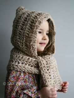Crochet Patterns, crochet hoodie with scarf by Luz Patterns #crochetpattern #crochet