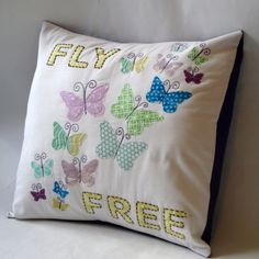 These are amazing pillows! This would be adorable on my baby's bed!
