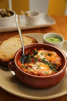 Kepos knows full well that Sydney is a breakfast town and have ensured their soft-baked eggs and tomato shakshuka appears on both the breakfast and lunch menu. The Breakfast Club, Best Breakfast, Lunch Menu, Baked Eggs, Recipe Of The Day, Thai Red Curry, Coffee Shop, Sydney, Restaurant