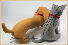 Best Friends (felt cat and dog) handmade by Gracinhas Artesanato