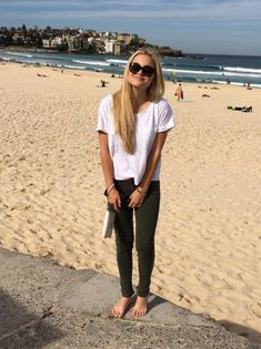 Olivia Holt Shared Photos From Her Trip To Australia May 19, 2014