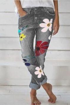 Women Floral Denim Pants Casual Summer Pants Plus Size Deep Blue Bottom Moda Floral, Floral Fashion, Denim Fashion, Womens Fashion, Fashion Pants, 90s Fashion, Retro Fashion, Latest Fashion, Autumn Fashion