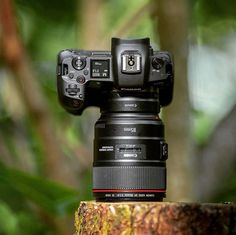 Canon EOS-R with IS USM▪There's gonna be a firmware update for the Canon EOS-R (version The release date looks to be September Camera Nikon, Camera Gear, Canon Cameras, Gopro Photography, Photoshop Photography, Portrait Photography, Wedding Photography, Kodak Camera, Fotografia