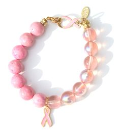 Lovely Pink geluksarmband voor Pink Ribbon € 29,95 -> Jewellicious Designs doneert € 4,05 aan Pink Ribbon.