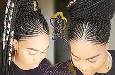 All styles of box braids to sublimate her hair afro On long box braids, everything is allowed! For fans of all kinds of buns, Afro braids in XXL bun bun work as well as the low glamorous bun Zoe Kravitz. Box Braids Hairstyles, Latest Braided Hairstyles, African Hairstyles, Girl Hairstyles, Hairstyles 2018, Natural Hair Styles, Short Hair Styles, Long Box Braids, Braids For Black Hair