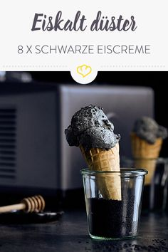 Ice cold gloomy: 8 x black ice cream - Kalt Sorbet, Black Ice Cream, Ice Ice Baby, Parfait, Buffet, Low Carb, Cold, Dinner, Desserts