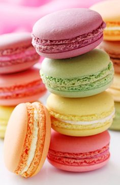 macarons - in the 1900s, Pierre Desfontaines of the Parisian pastry shop and café Ladurée decided to take two cookies and fill them with ganache...the rest is history~
