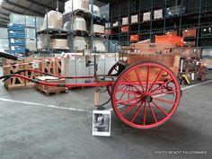 Une oeuvre de Mr Heuliez son premier métier , les voitures hippomobile vendue aux enchères. Actuellement dans un musée privé des Deux-Sèvres