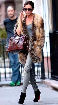 ok..VB...is that a shawl?  Fur?  She's workin it...