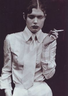 http://hilonegro.tumblr.com/post/42022706910/pinerosolanno-suit-couture