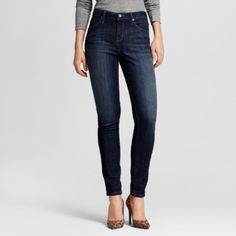 Womens Mossimo Skinny Curvy Dark Wash Jeans NWOT Super Cute and Comfortable Jeans! Never worn!! Size 12 (fits loosely in waist & fitted on legs) Mossimo Supply Co. Pants