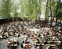 """Prater Garten"" - Berlin's oldest 1800s Beer Garden"