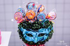 http://michellecastilho.com/folia-da-lina-5-anos-decoracao-carnaval/