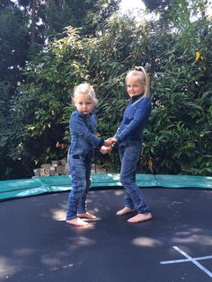 Kristy & Sophie #Dutchdreamdenim #vipkidz #kinderkleding
