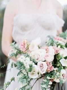 Creative Direction, Styling + Florals: Janna Brown Design | Image: Tyler Rye