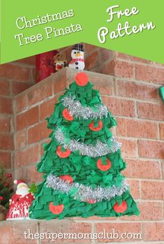 To see how this cute DIY Christmas Tree Piñata is made, with a FREE pattern & instructions, go to thesupermomsclub.com Diy Christmas Tree, Cute Diys, Free Food, Free Printables, Free Pattern, Diy Crafts, Holiday Decor, Cake, Recipes