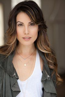 Image of Carly Pope The First Wives Club, Canadian Actresses, Girls Selfies, Famous Photographers, Famous Women, Beautiful Actresses, Pretty Woman, Hot Girls, Celebs