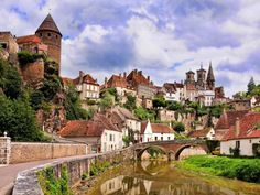 Ever dream of exploring wine country in France? Exploring France in a different way allows you to see France as a real local. Burgundy France is on… Tours France, The Places Youll Go, Places To See, Provence, La Roque Gageac, Burgundy France, European Road Trip, Beaux Villages, Medieval Town