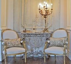 Exceptional modern french country decor are available on our internet site. Read more and you wont be sorry you did. Modern French Country, French Country Living Room, French Country Cottage, Country House Design, Country Style Homes, Country Furniture, French Furniture, Deco Furniture, Furniture Design