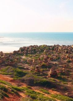 On the north-west coast of Australia, Broome is a thriving town of contrasting colours and industries, from eco to destructive. Broome and surrounds have some of the most amazing geological formations.