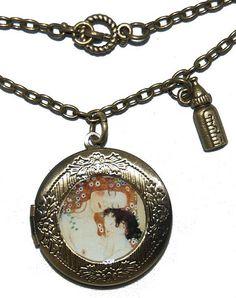 Collar largo locket La maternidad de Gustav Klimt II