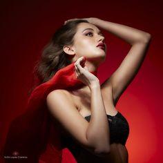 Photographer: Anita Lopez Carreras ⎜Model: Margot Steiner ⎜ Shot @ Le Studyo K, Switzerland - 2020 Portrait Studio, Beauty Shoot, Female Portrait, Fashion Studio, Switzerland, Fashion Beauty, Disney Princess, Model, Color