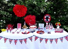 London inspired UK British themed party ideas with DIY decorations and a tea party set up with printables - BirdsParty.com