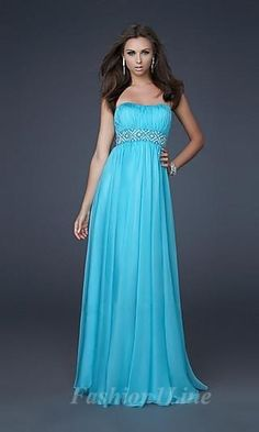 I like this dress and the style of it