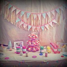 1st birthday girl table <3 it
