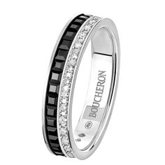 Quatre Black Edition Wedding band, a Maison Boucheron Jewelry creation. A Boucheron creation tells a Story, that of the Maison and your own.