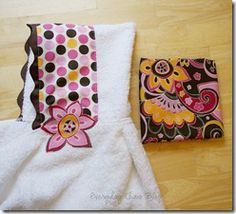 Pleated bath towel