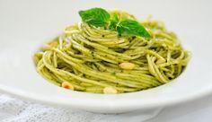 Sughi veloci: il pesto alla trapanese, ricetta con mandorle, basilico e pomodoro   Cambio cuoco