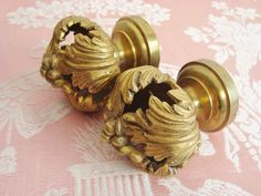 Pair antique French curtain pole finials in quality bronze from the 19th century with leaves and berries motifs