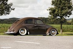 Bagged VW Beetle Bug...not a fan of lowered but I can respect