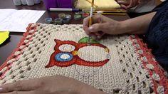 Mulher.com 08/08/2013 Bel Sgarabotto - Tapete em Croche com Pintura P 1/2