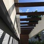 Luxusní designová kazetová čtvercová markýza včetně předního volánu na dálkové ovládání www.markyzy.cz Stairs, Design, Home Decor, Ladders, Homemade Home Decor, Ladder, Staircases, Interior Design