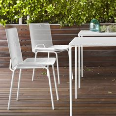 GRILLAGE, Chairs - The principle for creating the basic shape of Grillage is very simple: a sheet of perforated metal is stretched to create a mesh, Outdoor Dining Chairs, Outdoor Furniture Sets, Outdoor Decor, Outdoor Stuff, Ligne Roset, Perforated Metal, Basic Shapes, Jacuzzi, Design Projects