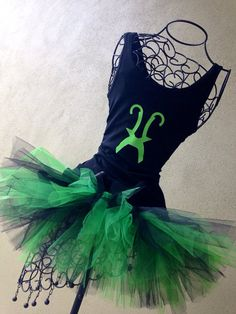 Superhero Running Costume: The Other Brother Custom Racing Tank and Pixie Length inch) Green and Black Adult Tutu/Comics Superhero Costumes Female, Run Disney Costumes, Superhero Halloween, Running Costumes, Disney Outfits, Cosplay Costumes, Halloween Costumes, Running Tutu, Disney Races